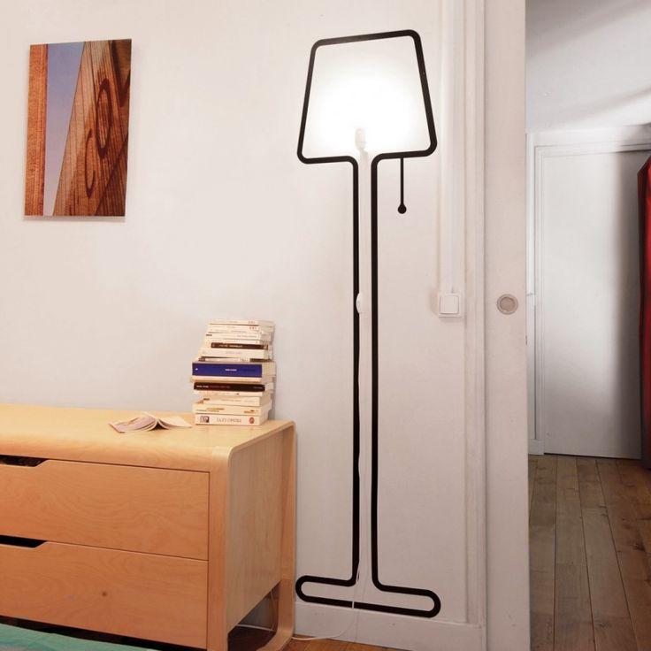Lámpara TALL es el guiño gamberro al diseño. Disponible en toctocmuebles.com al mejor precio.