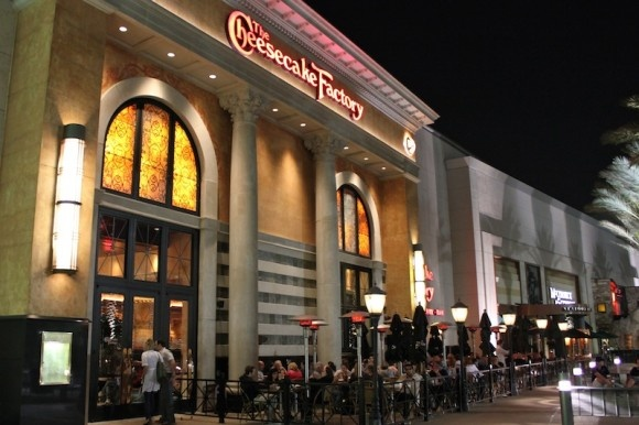 Comment from Guest Services of The Cheesecake Factory Business Manager 10/16/ Hi Tameka, we would like to speak with you a bit more about the experience you described.3/5().