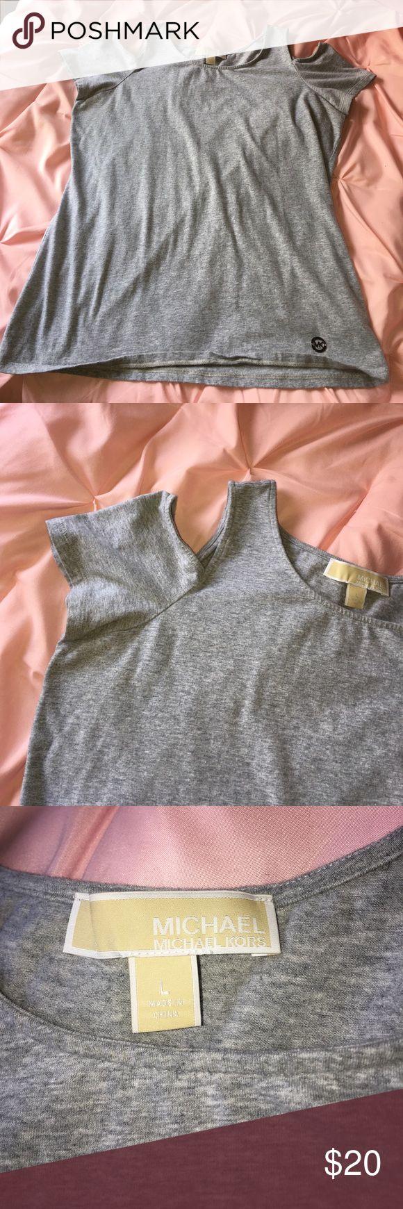 Cute MK cold shoulder tshirt Worn twice, very flattering Michael Kors Tops