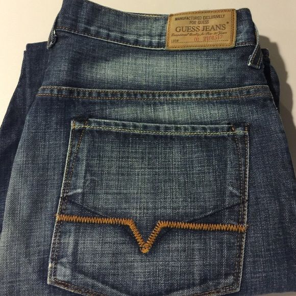 Guess men's premium jeans 34W/32L The Dean-Straight style. In like new shape. Dark wash. No disappointments with these jeans. Check out my closet full of men's premium denim. Guess Jeans Straight Leg