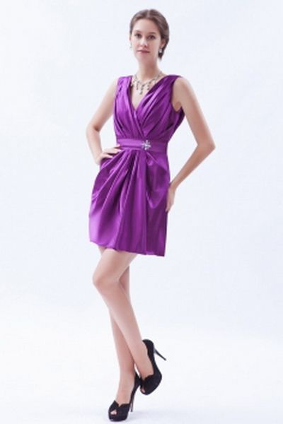 Satin Classic V-Neck Prom Gowns wr2064 - http://www.weddingrobe.co.uk/satin-classic-v-neck-prom-gowns-wr2064.html - NECKLINE: V-Neck. FABRIC: Satin. SLEEVE: Sleeveless. COLOR: Purple. SILHOUETTE: A-Line. - 136.59