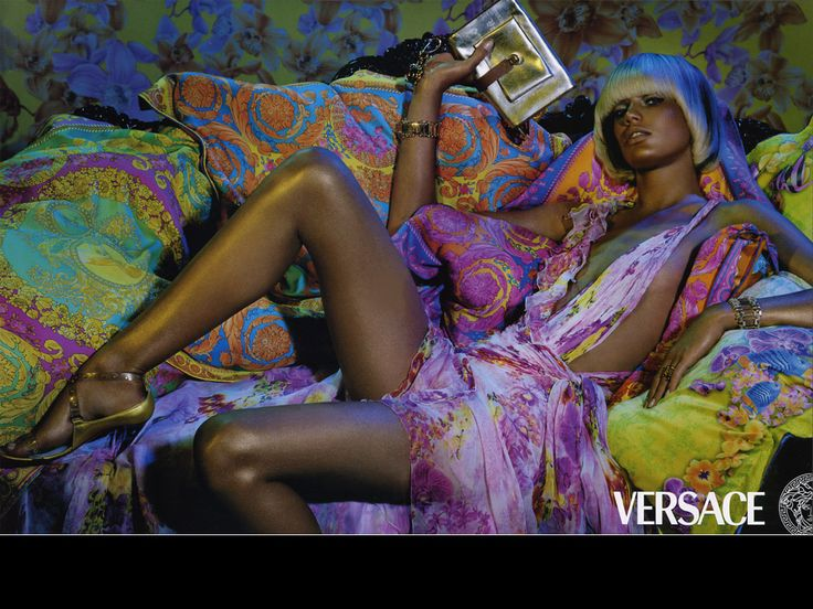 Tapety na pulpit i telefon - Versace: http://wallpapic.pl/moda/versace/wallpaper-36159