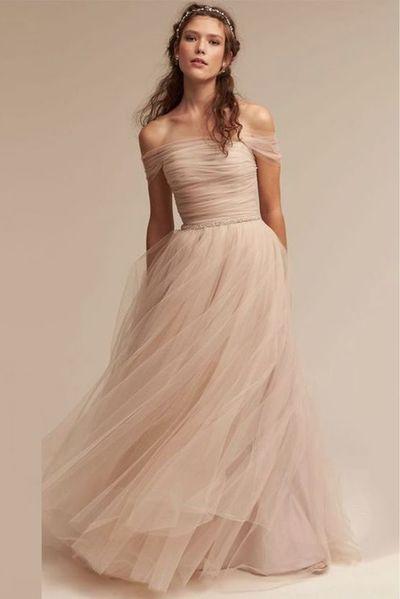 lång festklänning till bröllop
