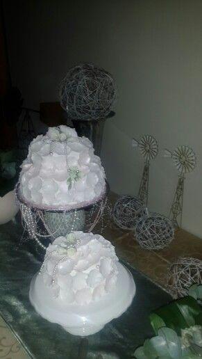 The wedding cake by Marié Nel.