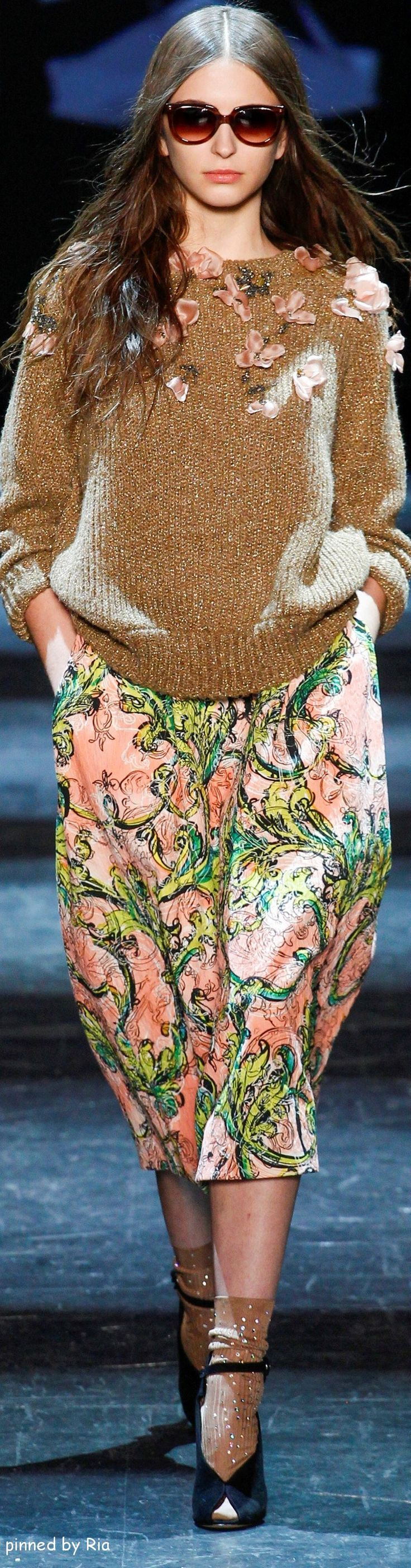Monique Lhuillier F-16: embellished sweater, print skirt.