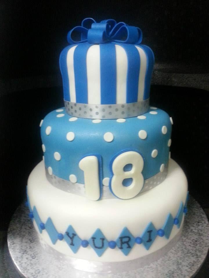 Oltre 25 fantastiche idee su torte di compleanno ragazzo for Designer di piani personalizzati