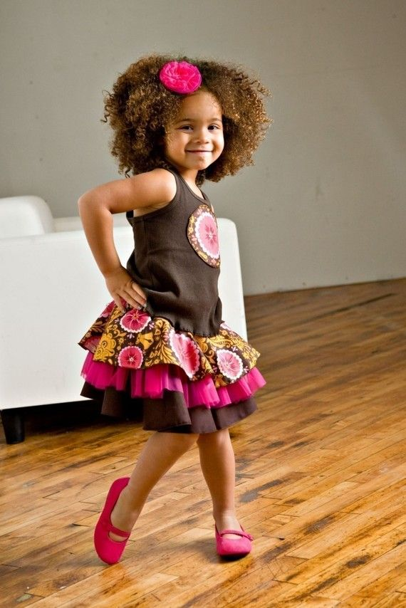 I'd love to have this skirt made for a few special little girls in my life.