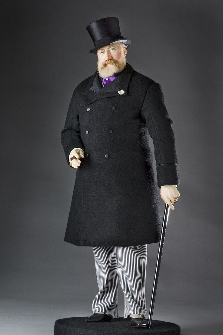Albert Edward succeeded his mother Queen Victoria as Edward VII, King of England.