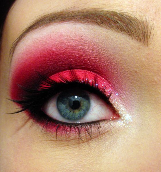 Apply the technique and use other shades of eye shadow that are comparable in their own color palette to create a stunning eye to your taste.  -- Don't forget the fake eyelashes to add depth for a fun night out.
