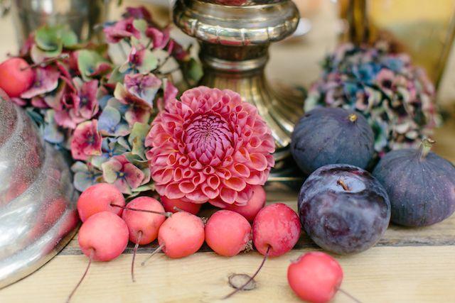 Autumn wedding ideas | Julia Winkler Photography | see more on: http://burnettsboards.com/2014/11/berry-autumn-wedding-inspiration/