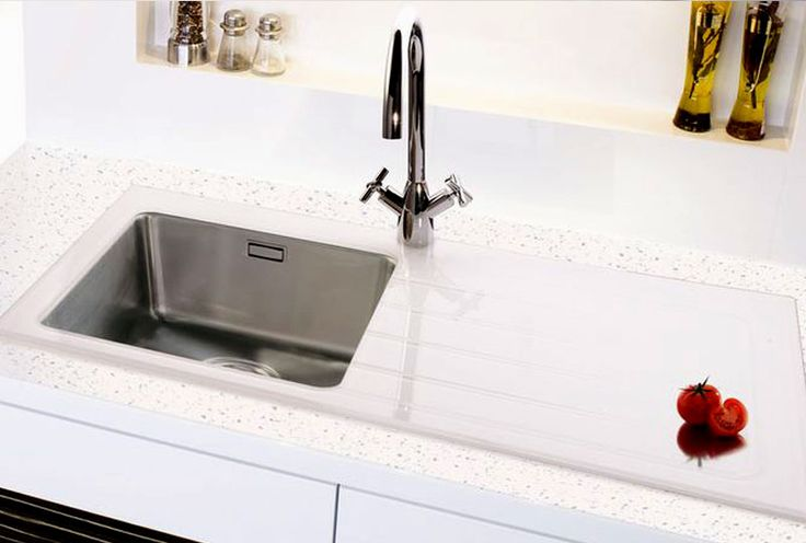 Bluci KubeVetro contemporary single bowl white glass and stainless steel sink. Practical steel bowls and stylish glass drainer.