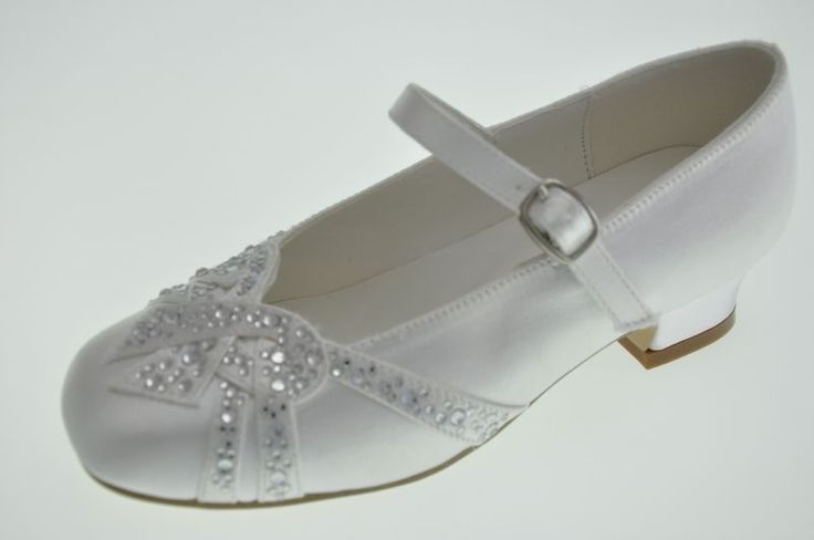 first+communion+shoes+for+girls | First Communion Shoes with Heels and Diamontes - Little People 4098 ...
