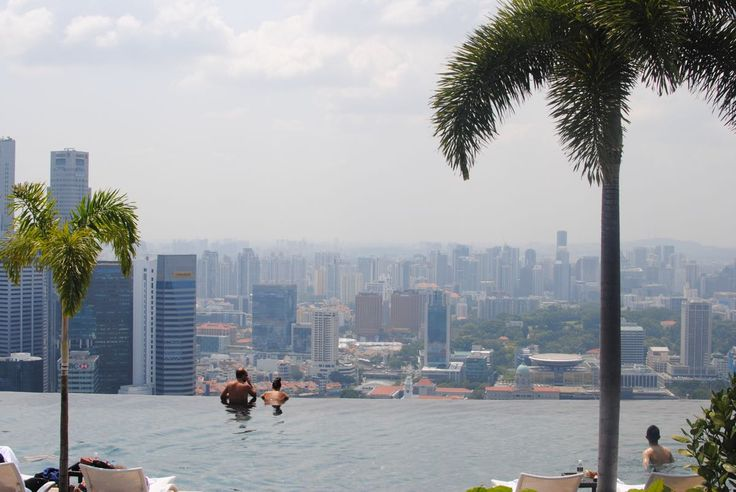 If you are staying at Marina Bay Sands you might as well go all the way and get the Club Room. Because really if you are going luxury you should go all the way! So we started with a nice afternoon tea in the Club Room located at the infinity pool lev
