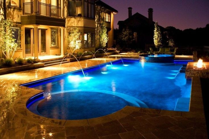 travertine pavers pool deck fire pit hot tub fountains stone steps double glass doors lamps decorative plants transitional design of Elegantly Beautiful Travertine Pavers Pool Deck to Feast Your Eyes On