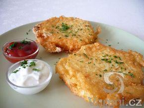 Recept na rychlou večeři, teplý předkrm nebo chuťovku. Hermelín smažený v bramborovém těstě podáváme horký. Výborně chutná s česnekovými dipy.