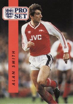 1990-91 Pro Set English League #13 Alan M. Smith Front