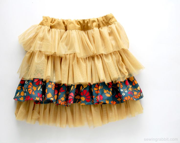 Fabric and Tulle Skirt DIY - Find the FREE Pattern on MeSewCrazy.com -- Grab…