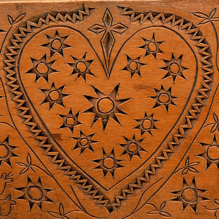 Spoon rack front decoration: heart, star and flower motifs.  Orawa Highlanders, Podszkle, P. Nowy Targ, 1924