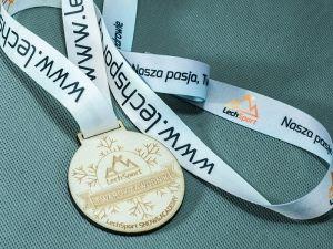 Dla twradego zawodnika twardy medal.Wykonany ze sklejki, na smyczy sublimacyjnej.