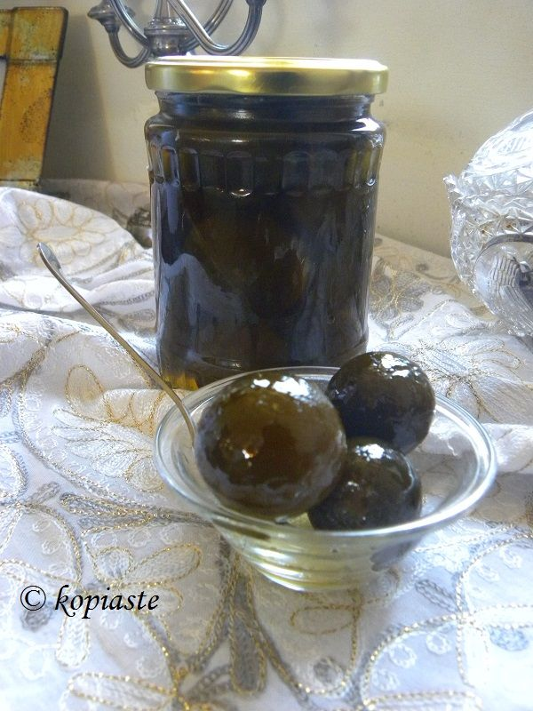 Nerantzi, called kitromilo (or kitromilaki for the small ones) in Cyprus, (bitter oranges or Seville Oranges), Citrus  aurantium belong to the citrus family but they are not edible because of their bitterness.  However, they can be made into three kinds of preserves. Glyko Nerantzi (bitter orange fruit preserve) http://kopiaste.org/2013/08/glyko-nerantzi-green-bitter-oranges-fruit-preserve/ Γλυκό Νεράντζι http://www.kopiaste.info/?p=11386 #glykonerantzi #BitterOranges,  #ΓλυκόΝεράντζιΠράσινο