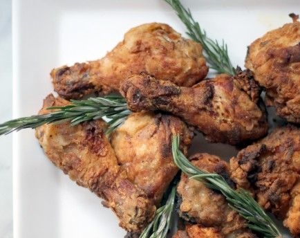 Make Mouthwatering Rosemary Fried Chicken