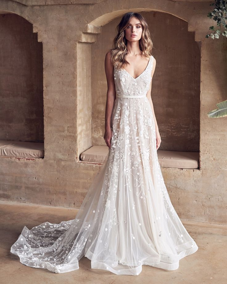 Anna Campbell 2019 Wedding Dresses: Our Divine Amelie Stealing Hearts All Over The World With
