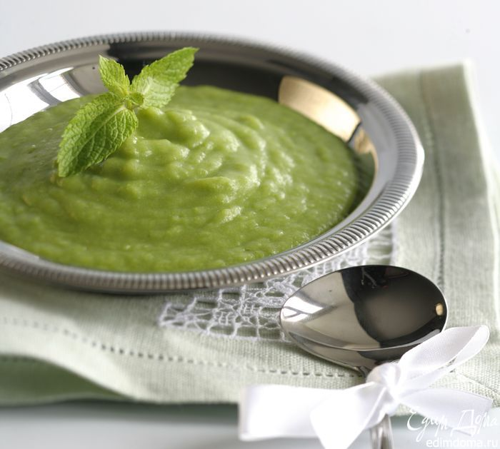 Картофельный суп с луком-пореем и зеленым горошком - видеорецепт | Кулинарные рецепты от «Едим дома!»