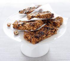 Barrette con cereali, noci e uvetta - Tutte le ricette dalla A alla Z - Cucina Naturale - Ricette, Menu, Diete