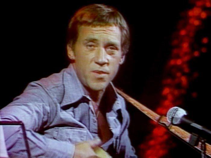 Владимир Высоцкий на съёмке передачи «Musicalisimo-77».  Мексиканское телевидение, «13 Canal», 9 августа 1977 года