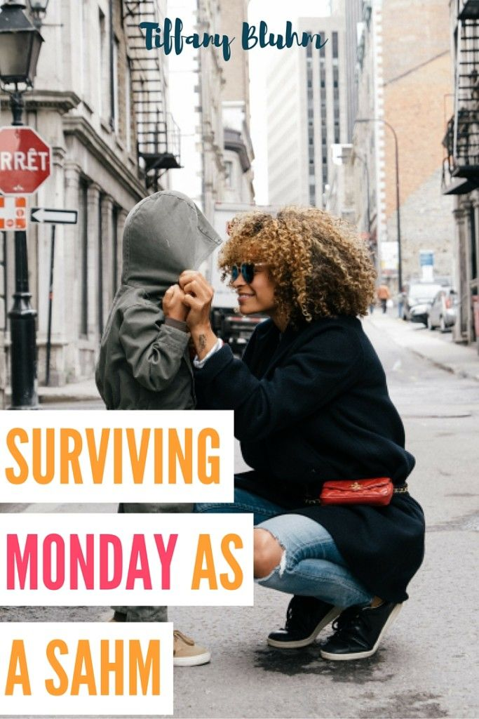 Being home with baby and letting dull drum thoughts take over is easy and you can find yourself in a rattled headspace. With the constancy of Mondays and everyday you can go through times of loneliness, sadness, or simply the blues. Click through to read how I take the blues head on.