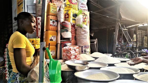http://www.rfi.fr/afrique/20170210-tres-chemin-croix-riz-beninois-local-importations-delice-nigeria