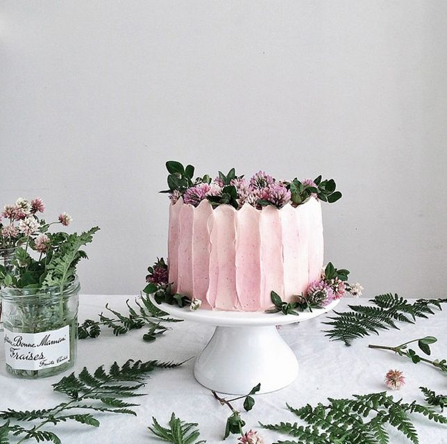 pink buttercream cake   linda lomelino interview with coco cake land