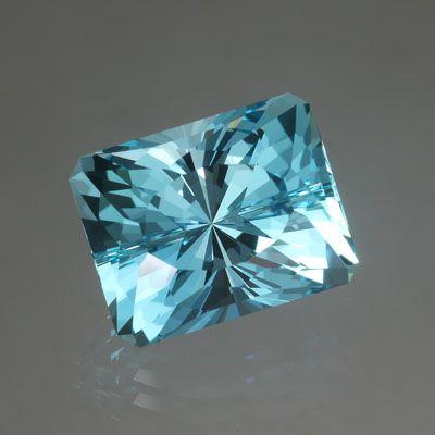 Mozambique Aquamarine gemstone  John Dyer & Co.