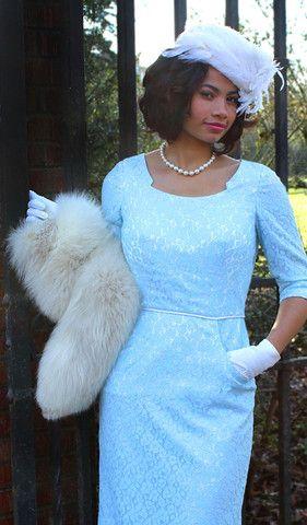 Beatrice Kangaroo Pocket Dress by Sew Chic Pattern Company – WeSewRetro