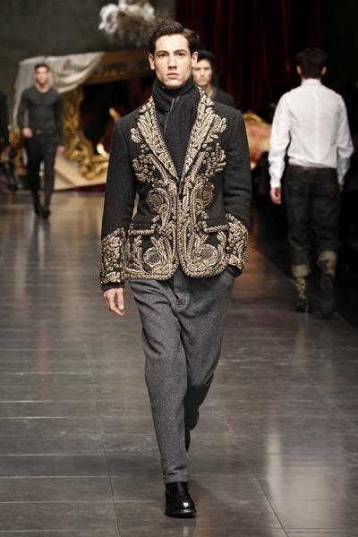 Фото мужского костюма в стиле барокко