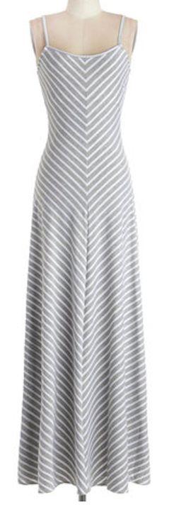 Casual maxi dress grey chevron http://rstyle.me/n/fg6qbnyg6