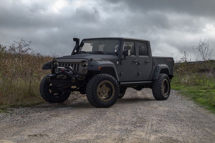 Time to get Wild with the Starwood Motors Jeep Bandit Sport!