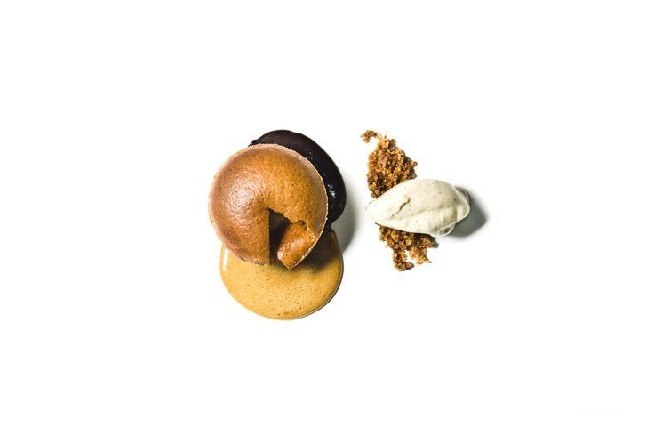 muffinka z czekoladą i toffi /  muffin with chocolate and toffee www.danielmisko.pl