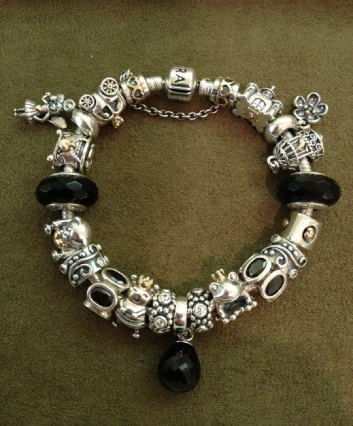 Black pandora... Love this design!