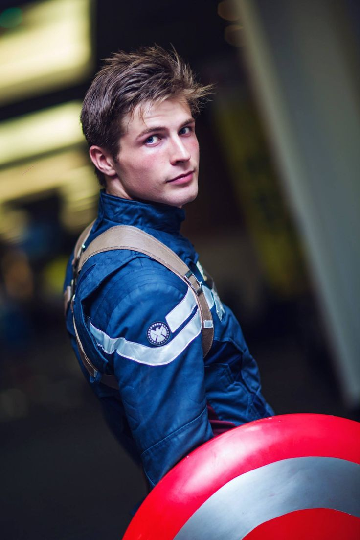 Steve Rogers (Captain Americs) by Kyle Parmley Cosplay at Supernova 2015 | Ph: Lorenzo So Photography
