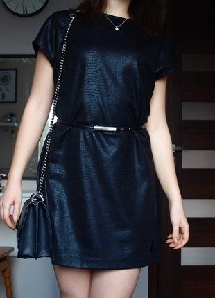 #sukienka #małaczarna #krótka #prostykrój #naimprezę #sylwester #osiemnastka #sukienka34 #vintedpl http://www.vinted.pl/damska-odziez/krotkie-sukienki/16077109-mala-czarna-sukienka-krotka-prosty-kroj
