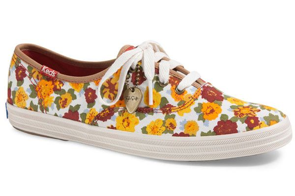 Taylor Swift launches her Fall 2013 collection for #Keds. See 6 styles here » http://www.fashionmagazine.com/blogs/shopping/2013/07/08/taylor-swift-launches-her-second-collection-for-keds/