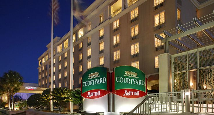 Discover one of the newest downtown Charleston hotels –  Courtyard Charleston Historic District