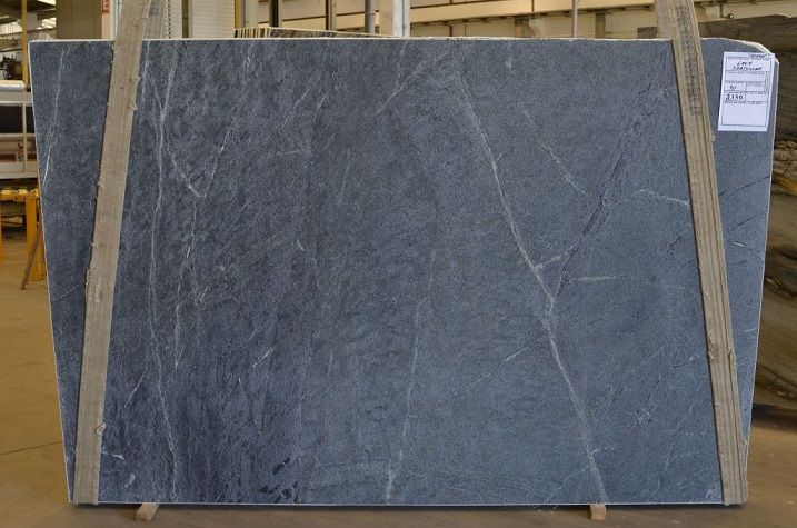 If You Re Picturing A Natural Looking But Dynamic Material For Your Countertop Bar Or Fireplace Consider Soapst Soapstone Natural Stones Soapstone Wood Stove