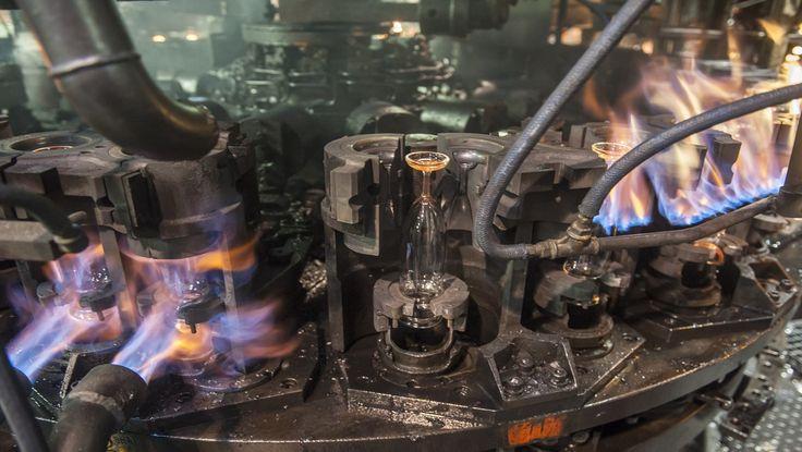 Het blazen van Durobor glazen tijdens het productieproces