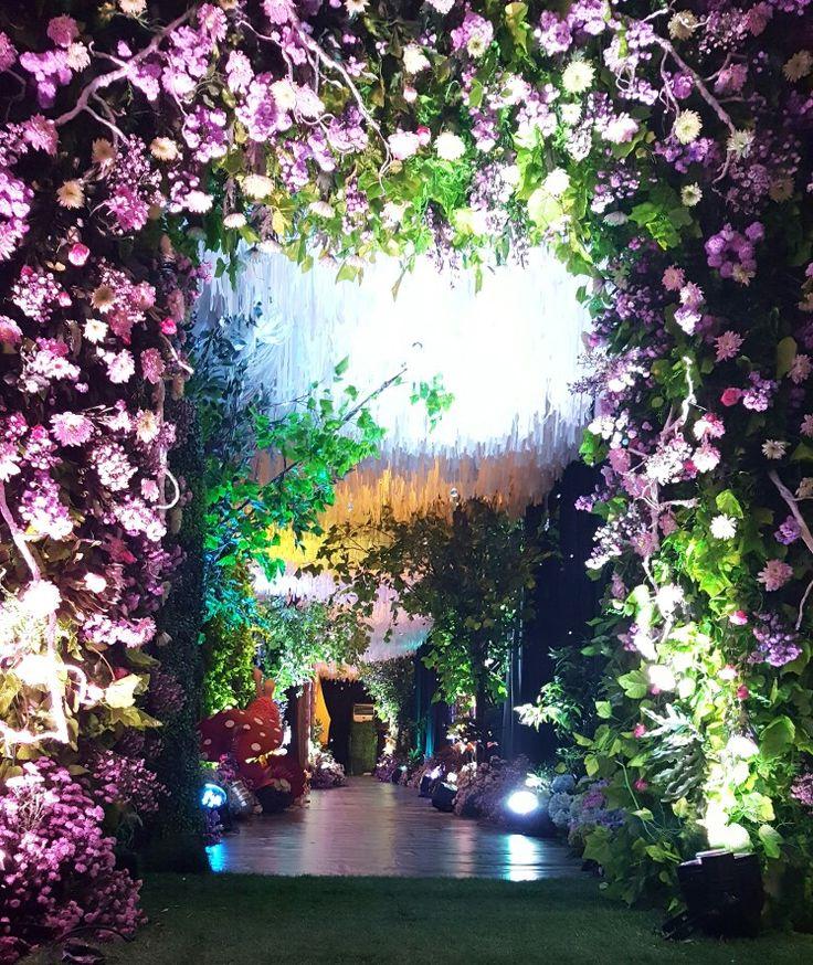 Beautiful wedding gate