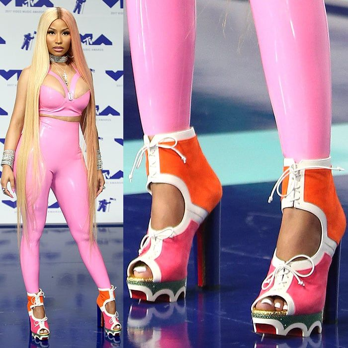 """Nicki Minaj in orange-and-pink Christian Louboutin """"Lolacrampon"""" booties at the 2017 MTV Video Music Awards held at The Forum in Inglewood, California, on August 27, 2017."""