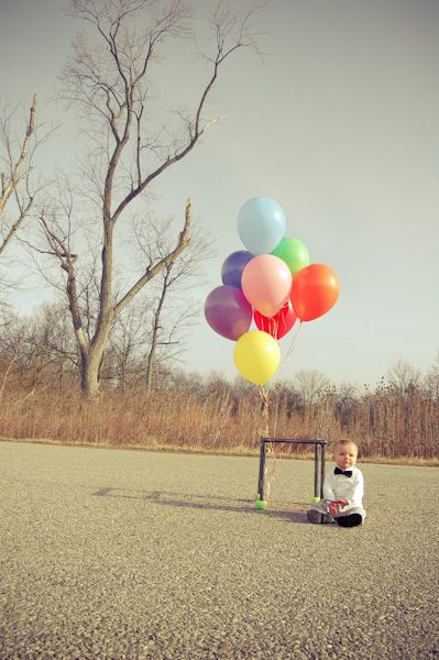 -up movie costume elliott halloween photography balloons first birthday session