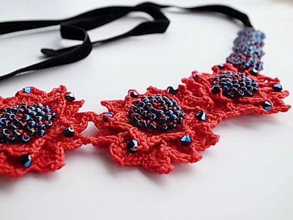 Ierse haak Lace sieraden Passion vezel sieraden door DorisChiStudio