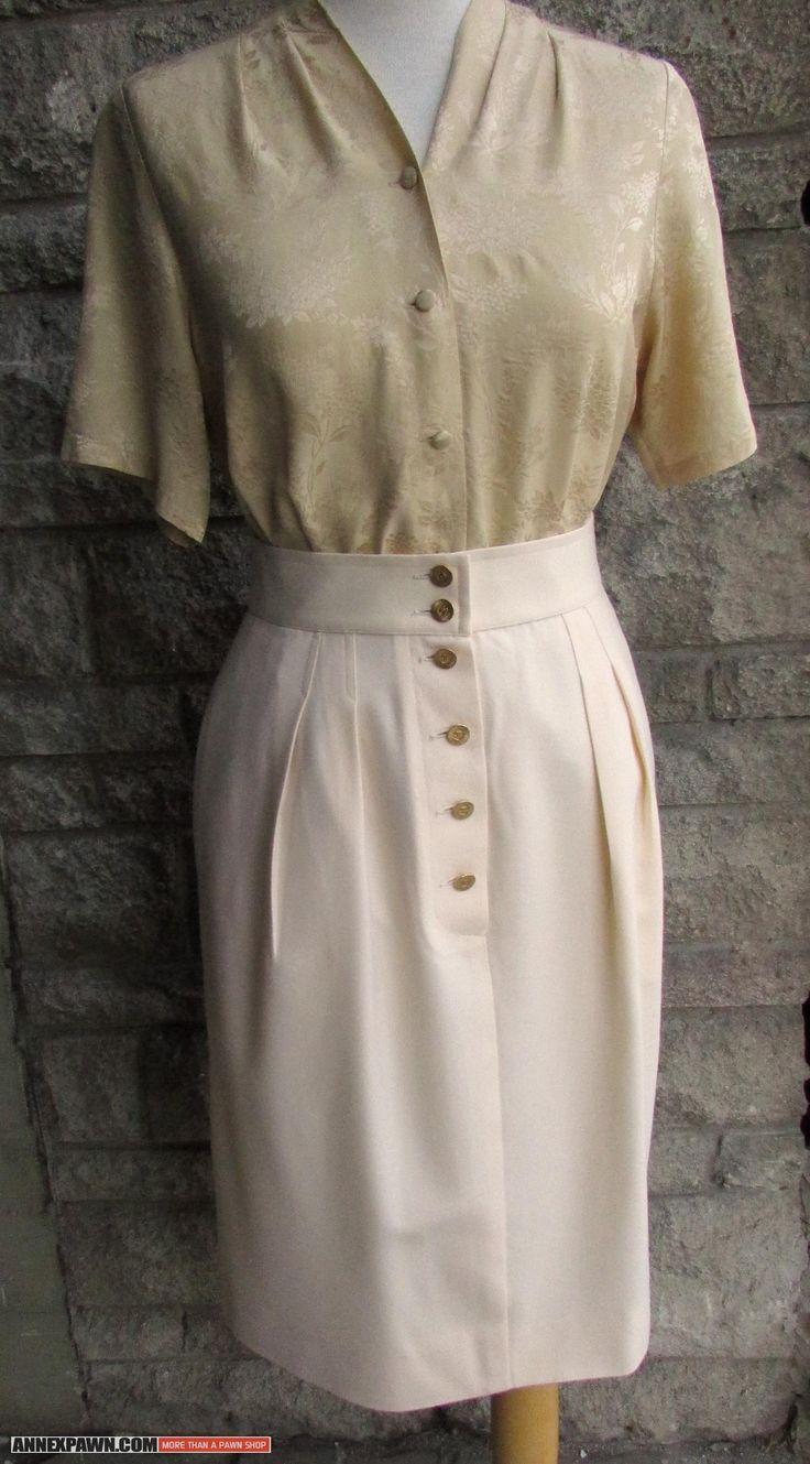 #CHANEL Cream #Wool Pencil #Skirt // Ivory & Gold #Vintage Chanel Skirt // Fitted Secretary Skirt // #Designer Skirt Made in #France // 26″ Waist